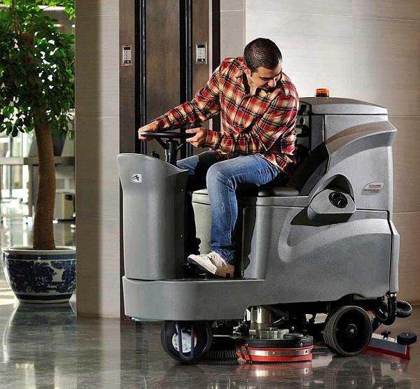 驾驶式洗地机哪家好,驾驶式洗地车排名,洗地机品牌,图片4