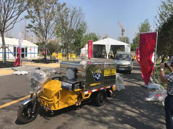 武汉军运会使用艾诗易高压清洗车