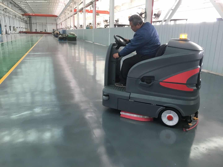 S-160智慧型洗地机在工厂的应用