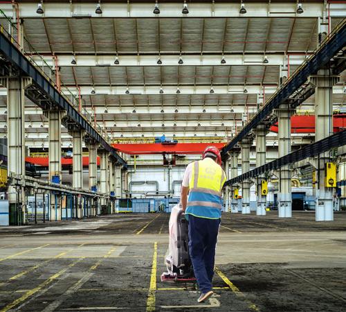 工厂洗地机的使用案例