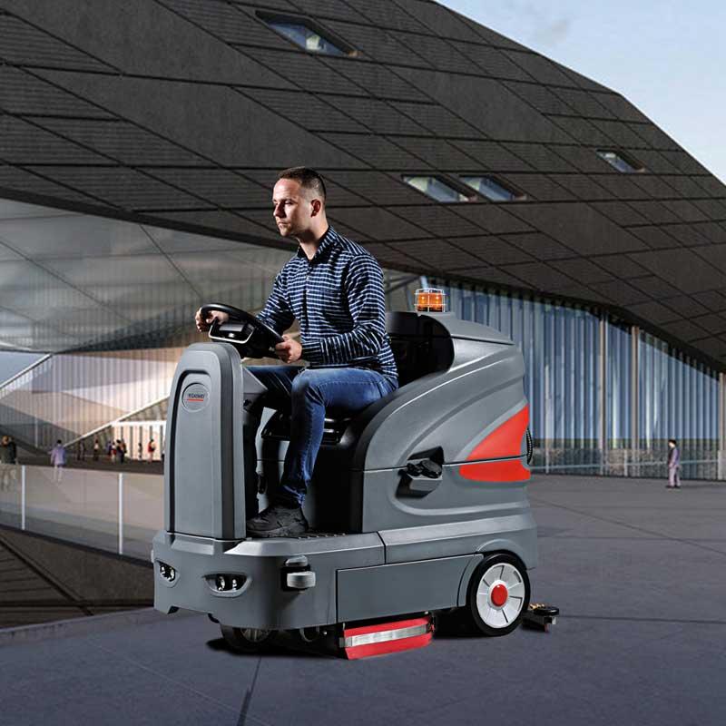 智慧型駕駛式洗地機  S130高美