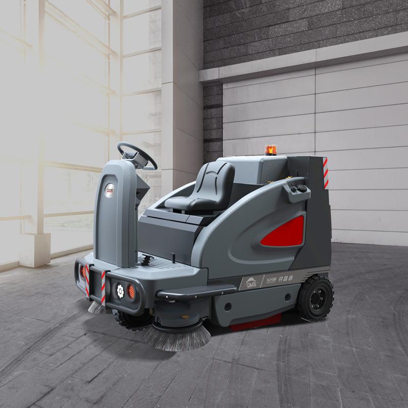 驾驶式工厂扫地车 高美GM-1500