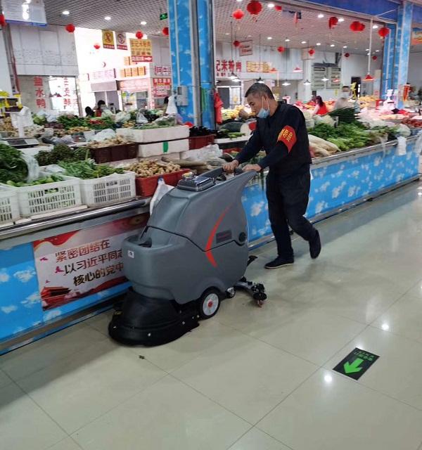 全自動洗地機多少錢,手推式洗地機多少錢,手推洗地機價格