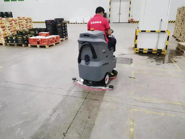 武汉百果园订购驾驶式洗地机应用保洁