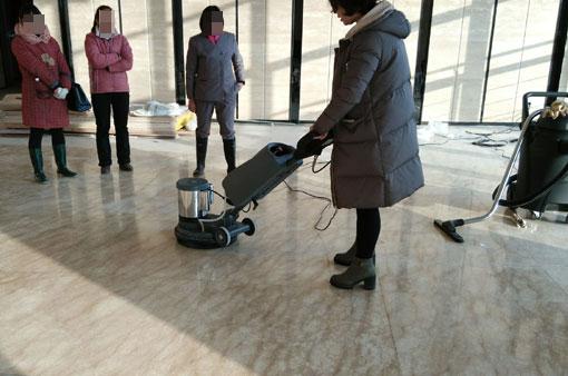 单擦机可进行地面石材的抛光翻新